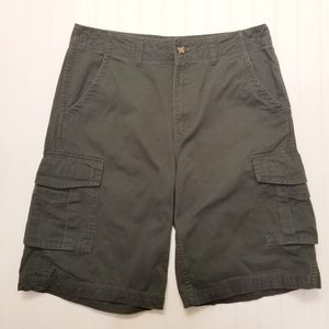 Cabela's Casual Forest Green Cargo Shorts Sz 34
